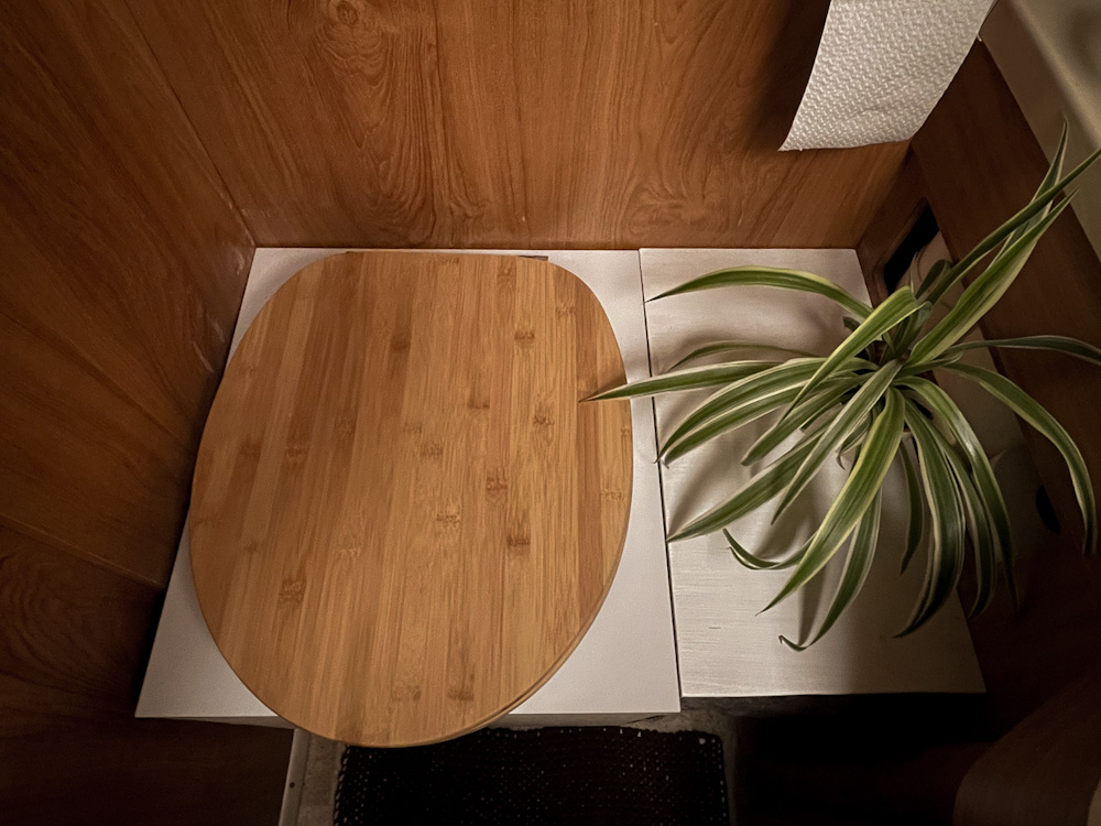 Trockentrenntoilette im Wohnmobil: Ein Muss für nachhaltiges Vanlife